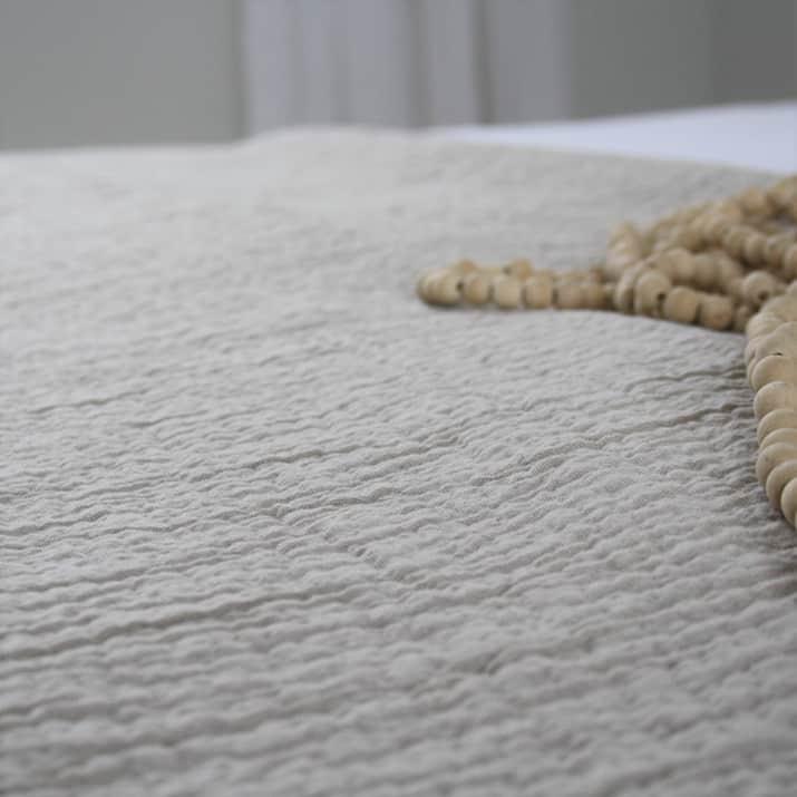 bedsprei-denver-zand-katoen-licht-bedspreien-