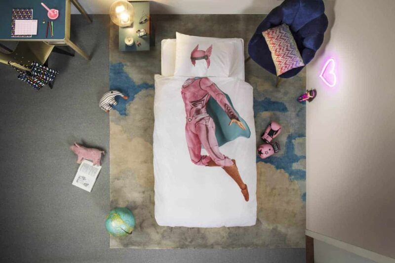 Snurk-superhero-girl-kinderdeovertrekken