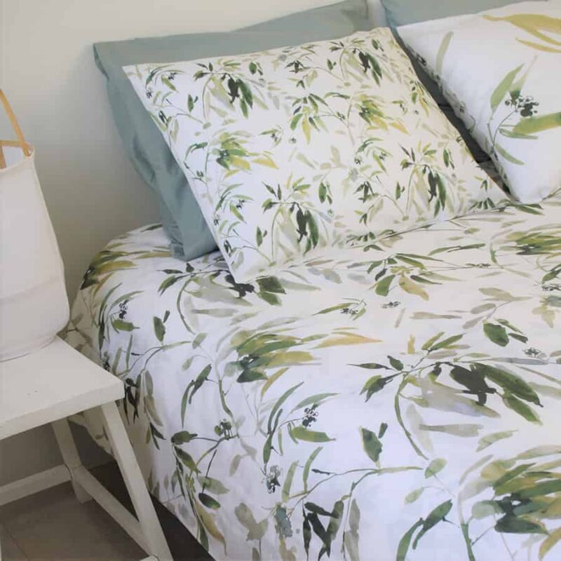dekbedovertrek-baya-wit-natuur-print-bloemen-takken-venice