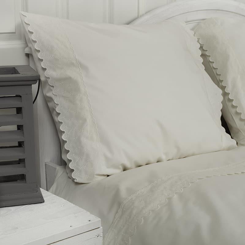 witte-dekbedhoes-charlotte-landelijke-stijl