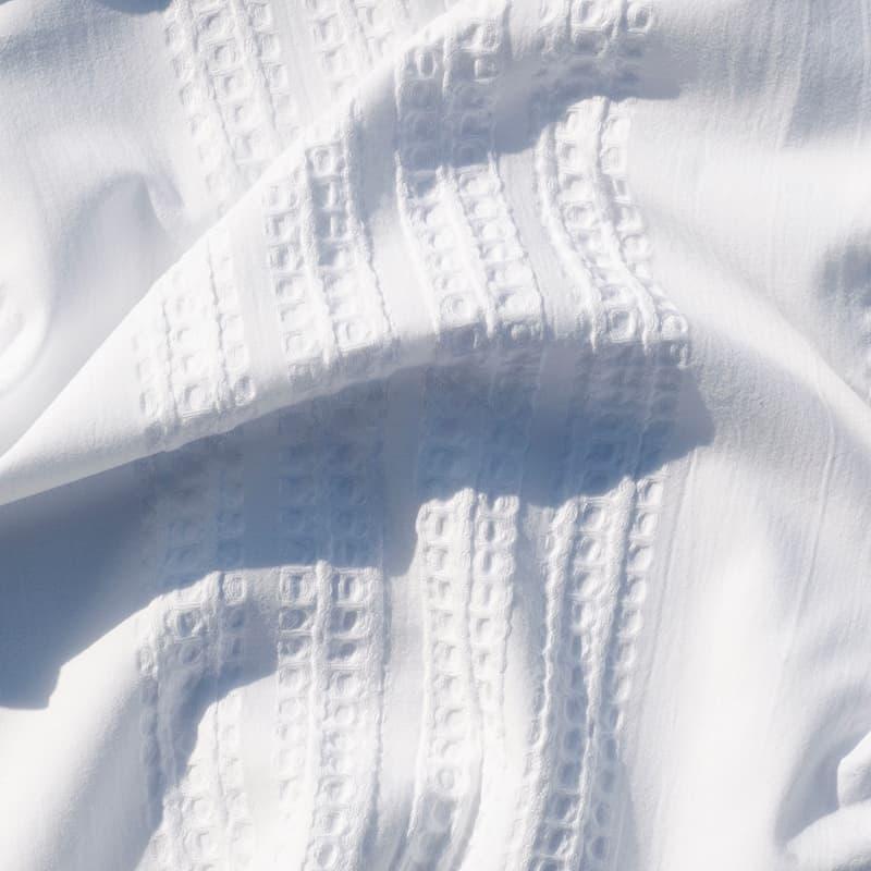 witte stof van een seersucker dekbedovertrek
