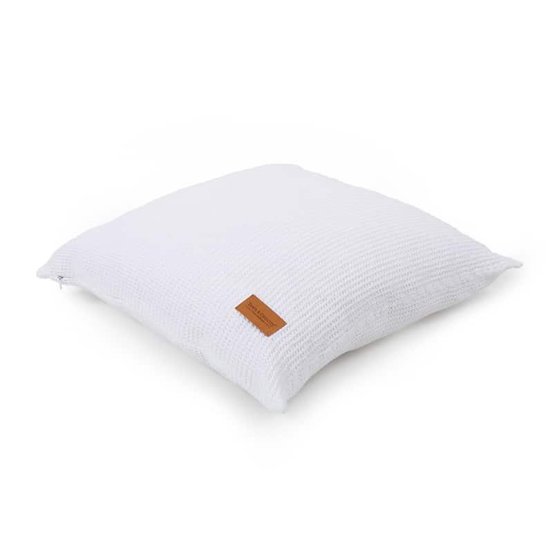 vierkant kussentje in de kleur wit van wafel sprei katoen