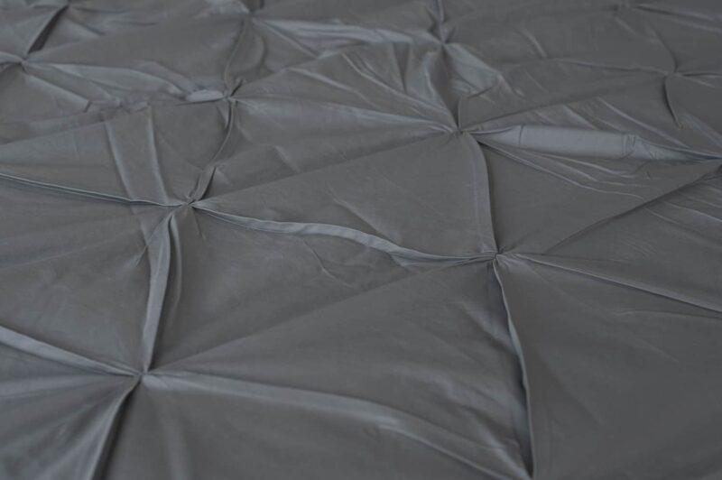 stof met geruite plooien in de kleur grijs, percal katoenen dekbedovertrek