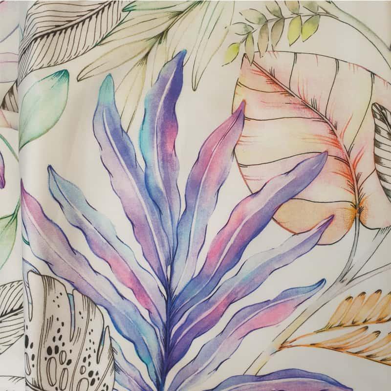pastelkleuren van een gebloemd dekbedovertrek