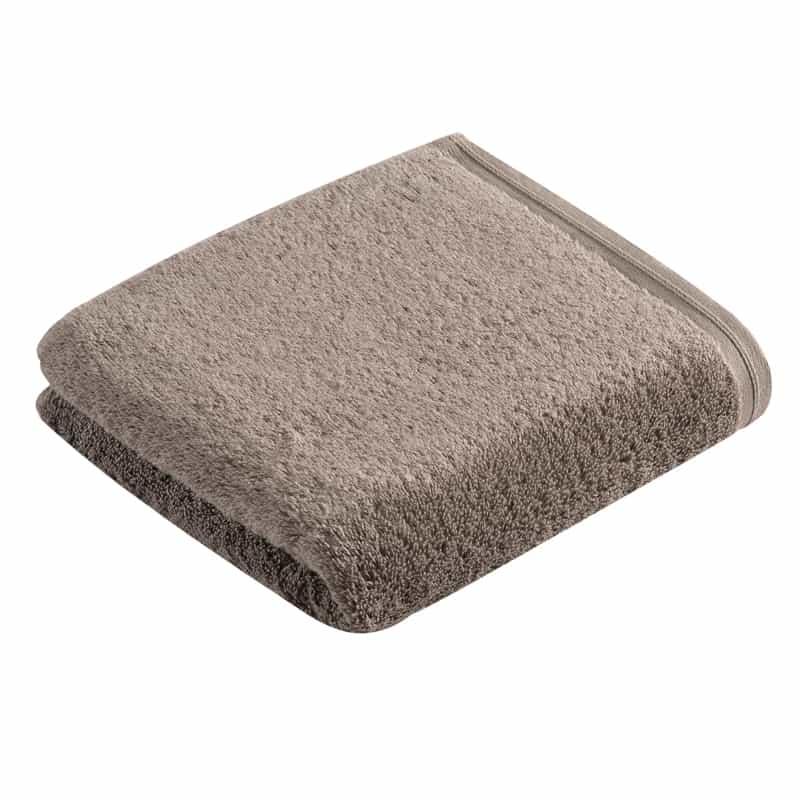 één opgevouwen handdoek in taupe - pepplestone kleur: de beste kwaliteit handdoeken