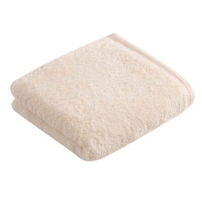één ecru handdoek badstof met witte achtergrond - zachte handdoeken