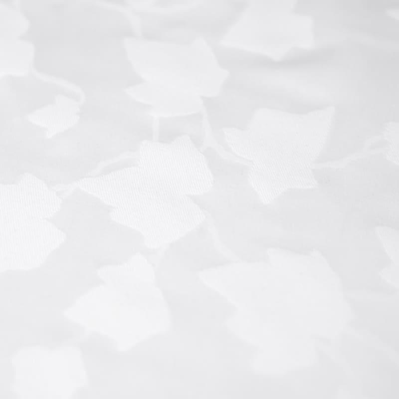 jacquard geweven katoen satijn blad motief in een wit dekbedovertrek 240x220 met luxe uitstraling